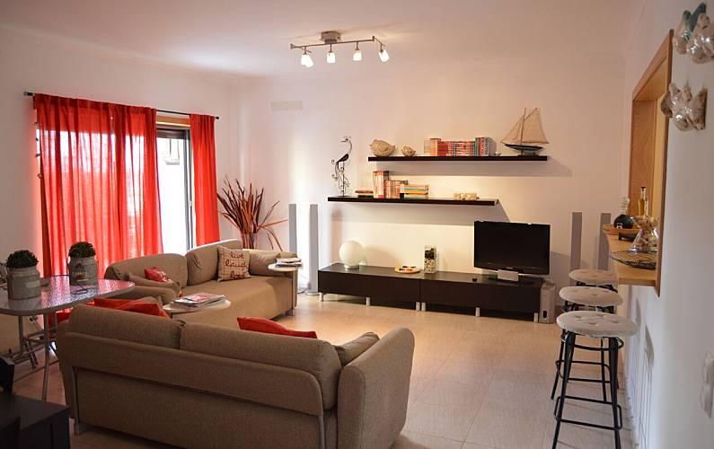 Apartamento a 250m da praia de Armação de Pera Algarve-Faro - Sala