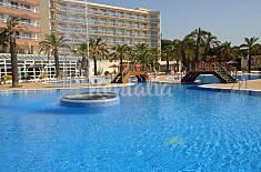 Aparthotel con piscina cerca de la playa Lloret Girona/Gerona