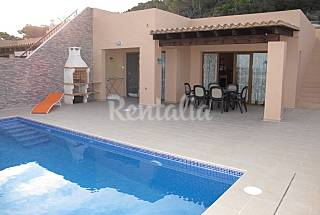 3 bedroomed house with pool and stunning seaview Ibiza