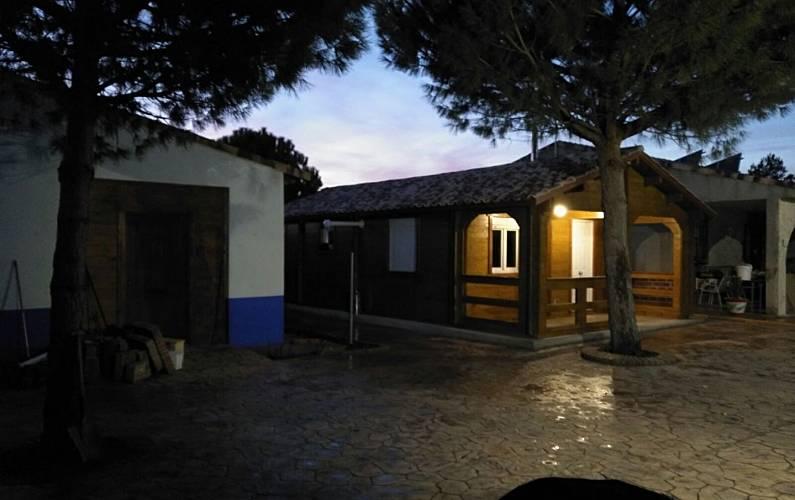 Villa Exterior del aloj. Toledo Quintanar de la Orden Villa en entorno rural - Exterior del aloj.