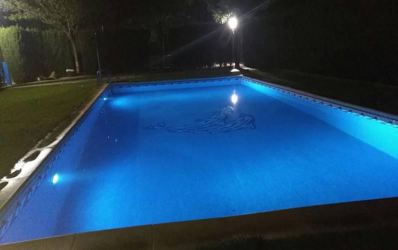 Villa Piscina Toledo Quintanar de la Orden Villa en entorno rural - Piscina