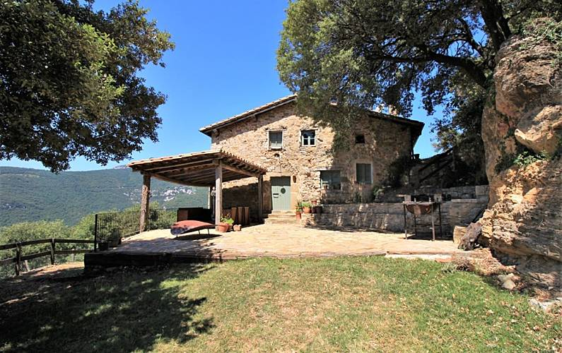 Casa rural para 16 22 personas en la alta garrotxa albany girona gerona empord - Casa rural santa pau ...