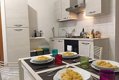 Appartamento con 1 stanza a 2 km dalla spiaggia Napoli