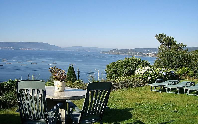 Apartamento con jardín y vistas de lujo en alquiler a 350 m de la playa Pontevedra - Jardín