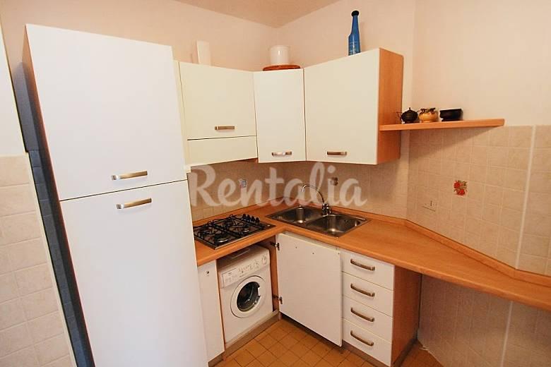Dormitorio Udine ~ Apartamento en alquiler en Udine Lignano Pineta (Lignano Sabbiadoro Udine) Alpes italianos