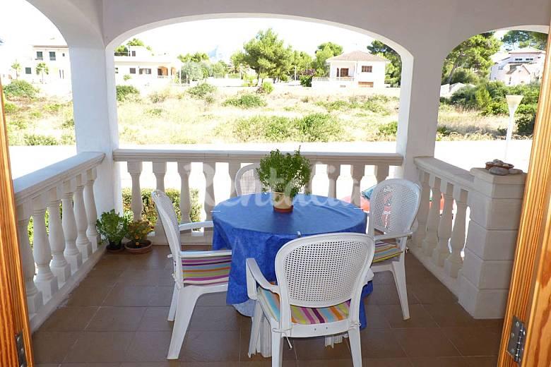 Huis voor 5 6 personen op 700 meter van het strand son serra de marina santa margalida majorca for Terras strijkijzer