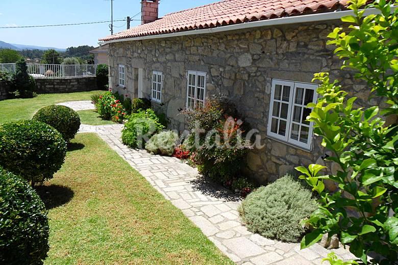 Casa t pica del rural gallego vilachan tomi o - Casas de campo en galicia ...