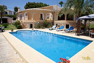 House with swimming pool for 6-7 people  Alicante