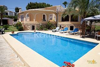 Casa con piscina para 6-7 personas  Alicante