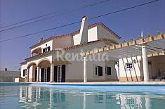 Villa for 8 people 14 km from the beach Setúbal