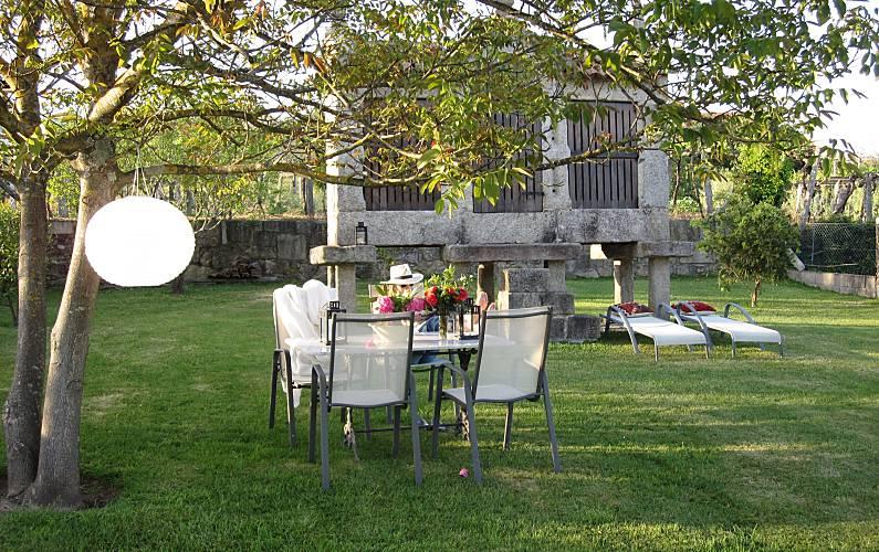 Casa Jardín Pontevedra Tomiño Casa en entorno rural - Jardín