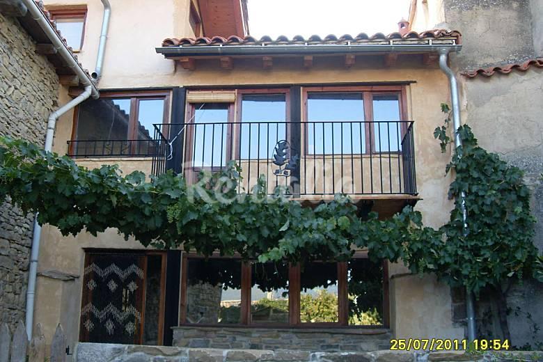 Casa in affitto con giardino privato Navarra