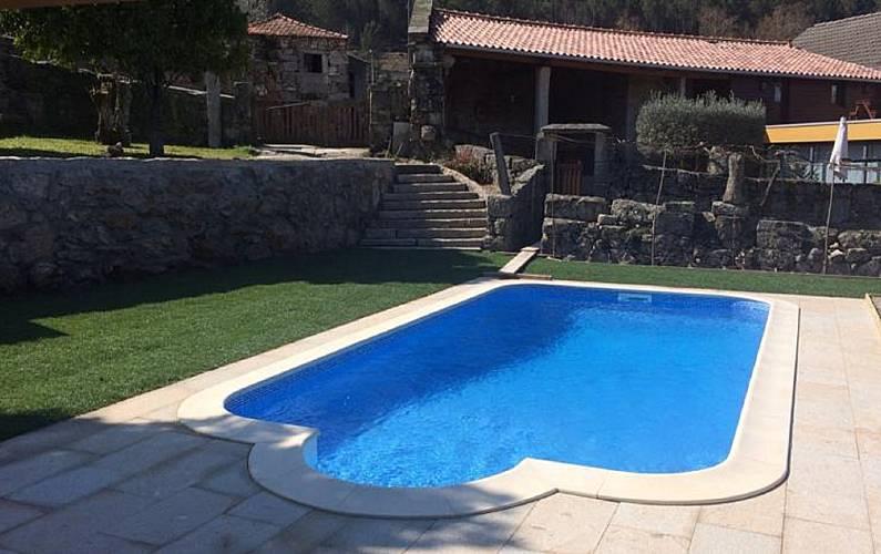 Casa para 6 7 personas con piscina barreira leiria for Casa rural para 15 personas con piscina