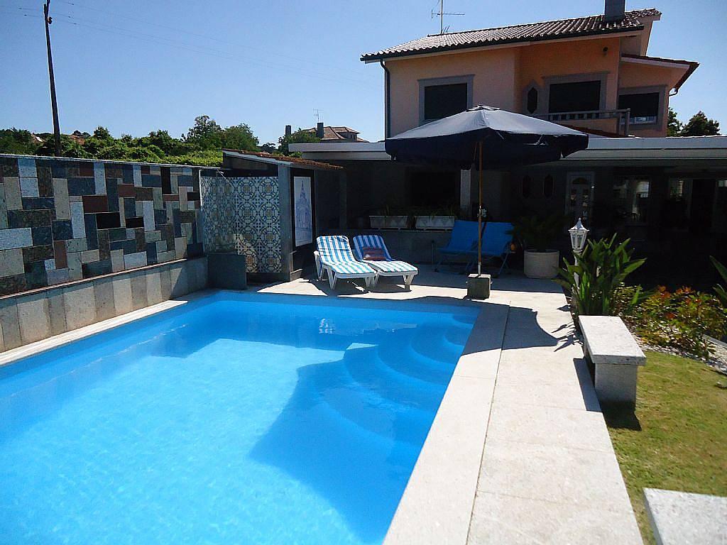 Casa para alugar com piscina anha viana do castelo for Piscinas viana