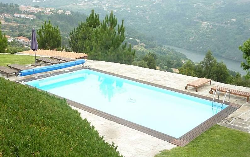 Casa en alquiler con piscina ribadouro bai o oporto for Piscinas oporto