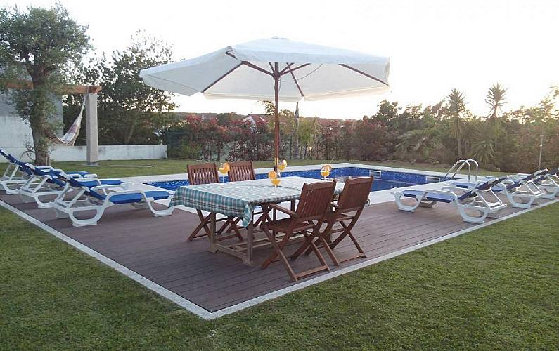 Casa para 11 15 personas con piscina sendim tabua o for Casa rural para 15 personas con piscina