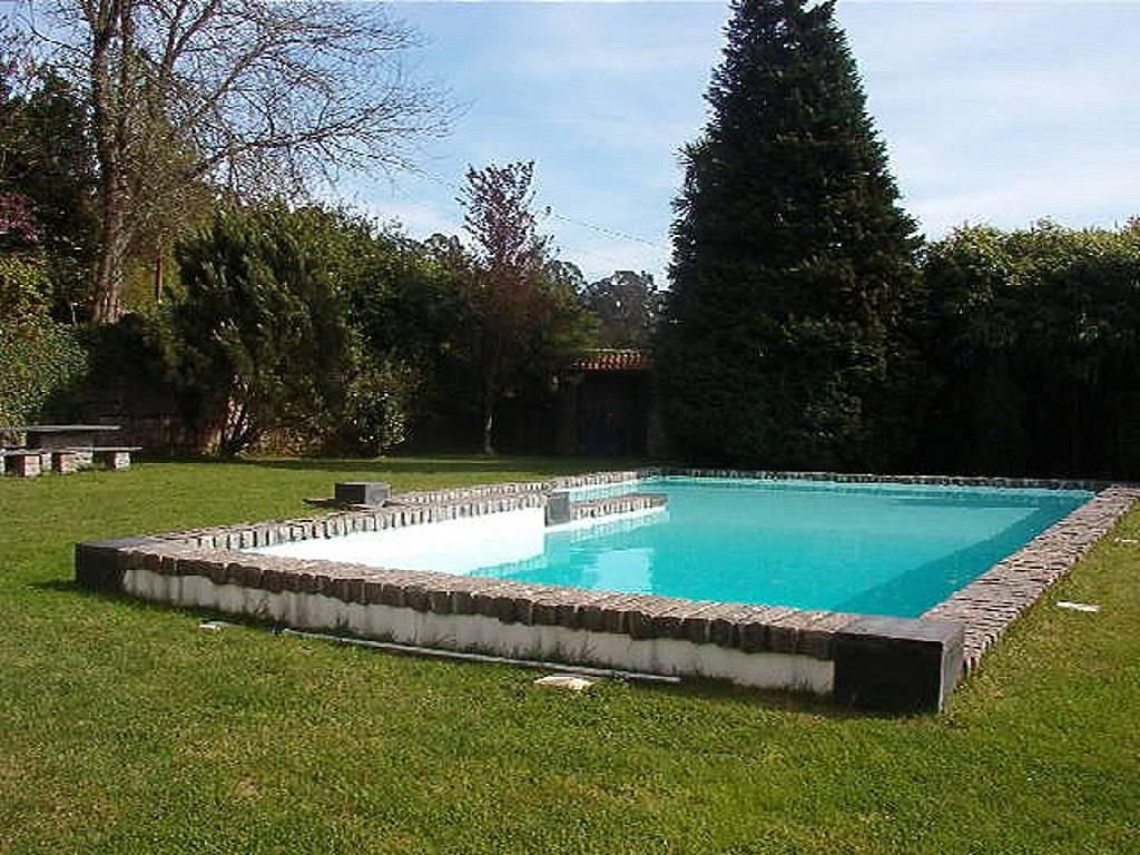Casa in affitto con piscina mesquinhata bai o oporto for Piscinas oporto