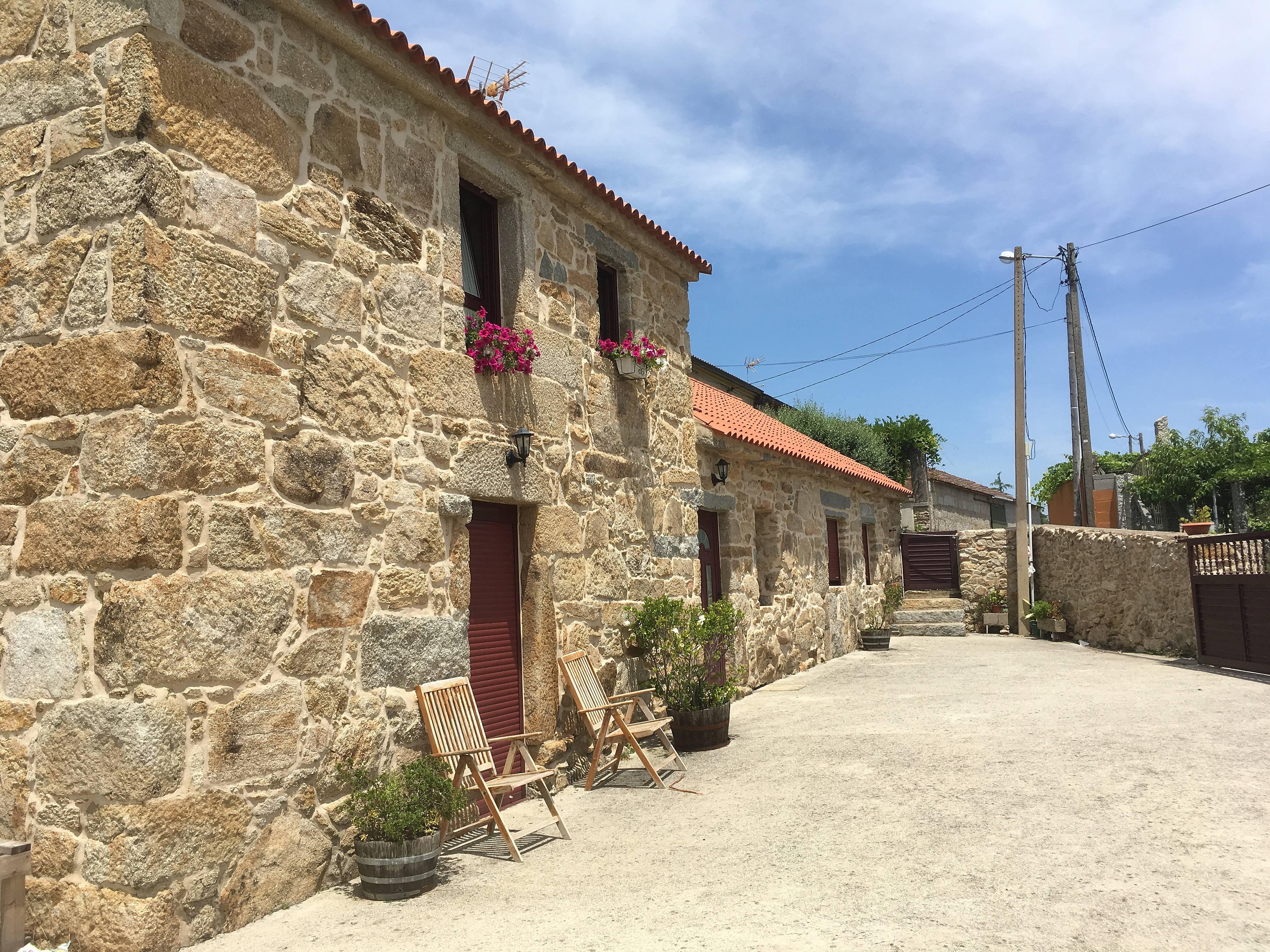Casa rural ideal para el descanso tremoedo san esteban - Casa rural rias baixas ...