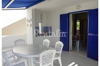 Apartamento para 6-8 personas a 400 m de la playa Crotona