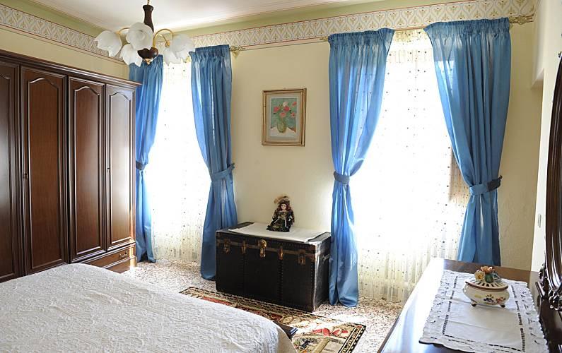 Casa Bedroom Lucca Pescaglia Countryside villa - Bedroom