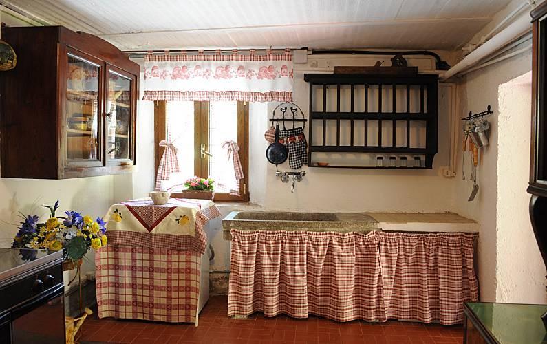 Casa Kitchen Lucca Pescaglia Countryside villa - Kitchen