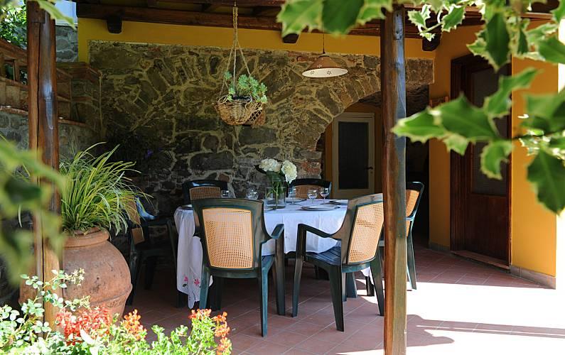 Vivenda para 6 pessoas com jardim privado Luca - Terraço