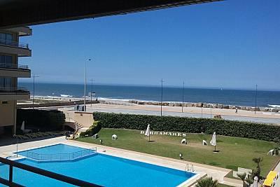 Apartamento para 4-6 pessoas a 50 m da praia Aveiro
