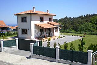 House for rent only 1200 meters from the beach Asturias
