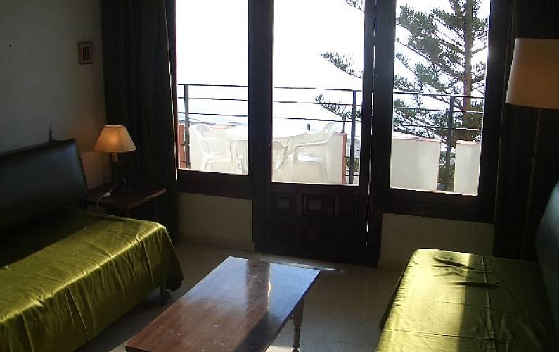 Apartamento en alquiler a 50 m de la playa velilla taramay almu car granada costa tropical - Apartamentos en granada playa ...