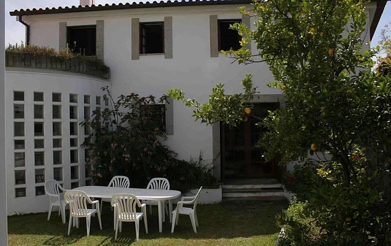 Vivenda para alugar a 2.5 km da praia Braga - Jardim