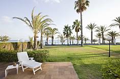Villa para 10-12 personas en 1a línea de playa Murcia