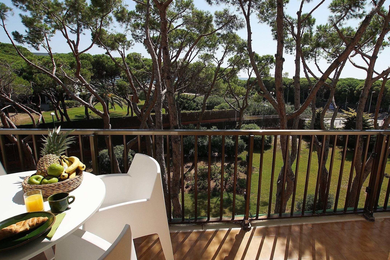 Appartement sybaris en bord de mer avec piscine gav for Appartement avec piscine barcelone