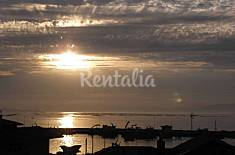 Apartment for 4-5 people on the beach front line Pontevedra