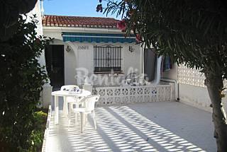 Casa de 2 habitaciones a 1000 m de la playa Alicante