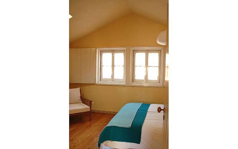Holiday Bedroom Lisbon Lisbon House - Bedroom