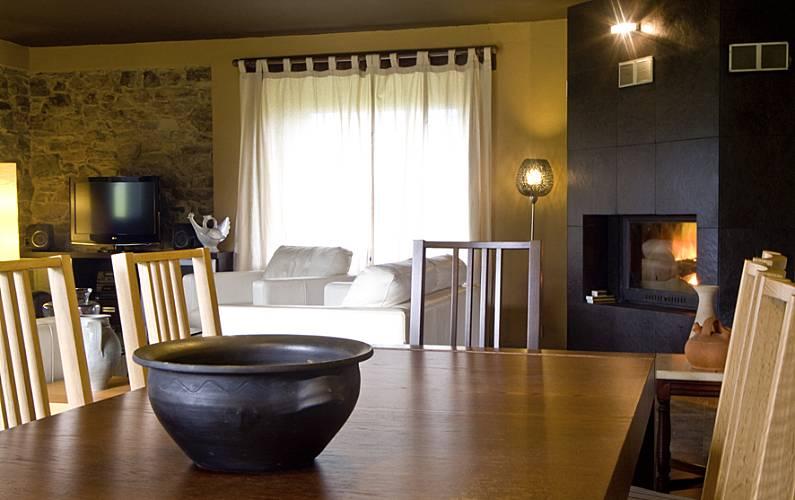 Gran casa de piedra con jardín Asturias