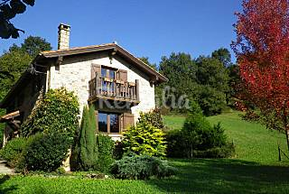 House for 5-6 people with private garden Cantabria