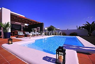 Totally equipped 10 houses only 1800 meters from the beach Lanzarote