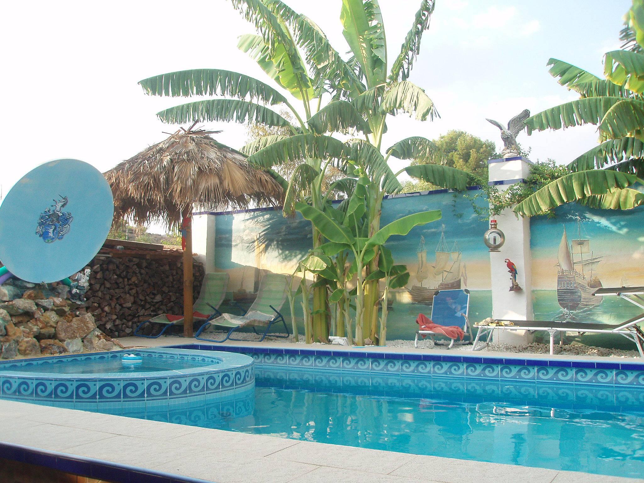 2 casas con piscina la alcoraya alicante alacant for Piscina alicante