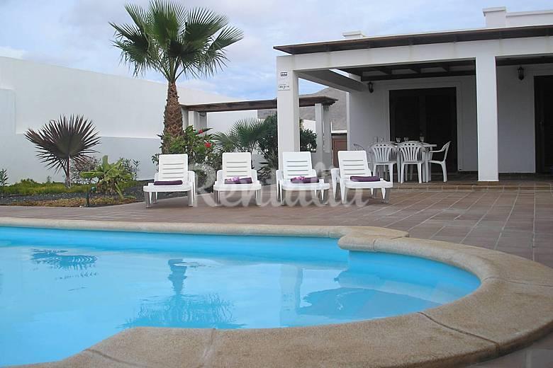 preciosas villas con jad n y piscina privada playa On villas en lanzarote con piscina privada