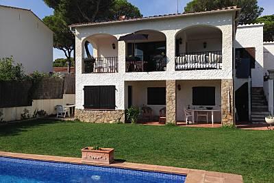 Villa en alquiler a 300 m de la playa Girona/Gerona