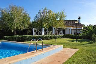 Villa Cortijo Andaluz  piscina privada,700 m playa Cádiz