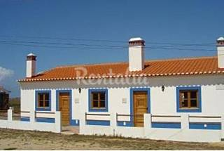 2 Houses only 600 m from the beach Beja
