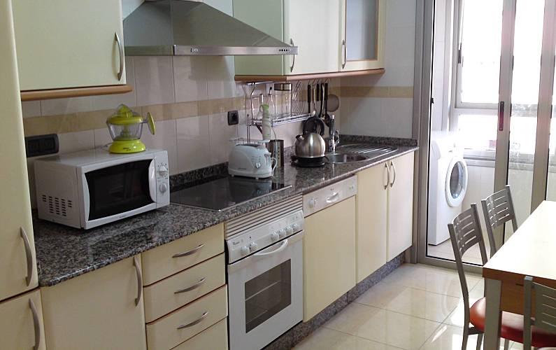 Piso Cocina A Coruña/La Coruña A Coruña Apartamento - Cocina