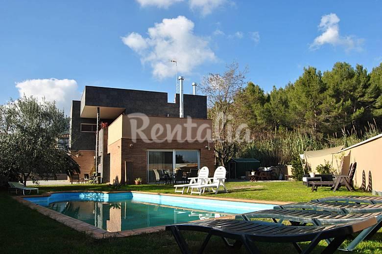 Villa pour 10 16 personnes avec piscine can vinyals - Villa barcelone avec piscine ...