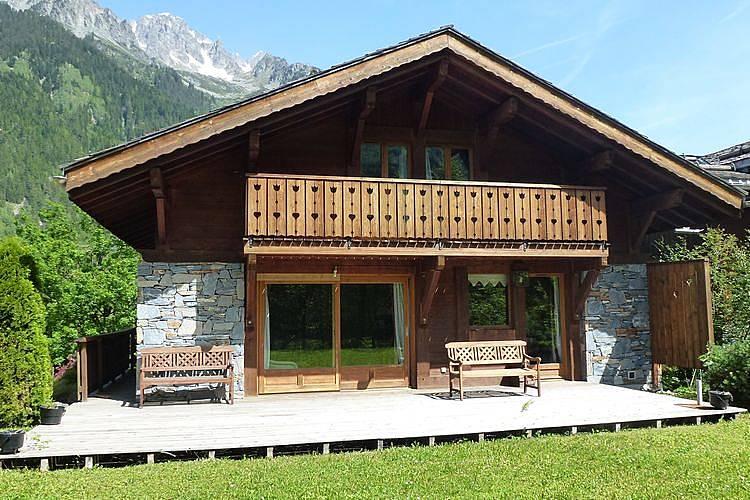 Maison en location avec vue sur la montagne chamonix mont - Location maison avec piscine annecy ...