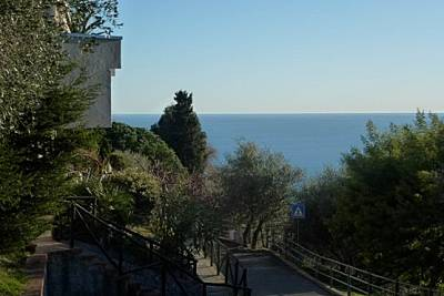 Appartamento con 3 stanze a 2.5 km dal mare Savona