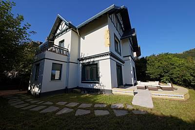 Villa de 9 habitaciones en 1a línea de playa Guipúzcoa