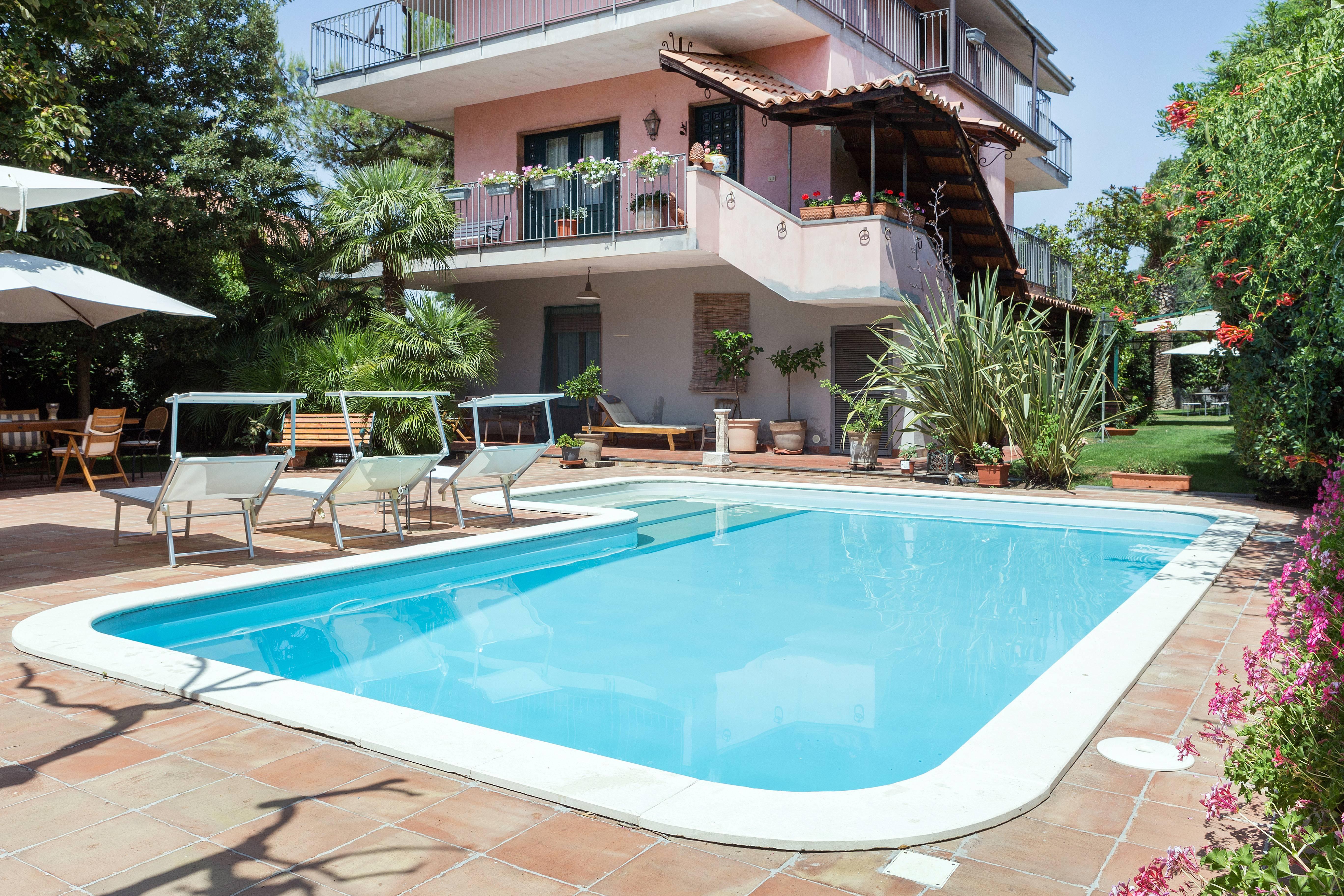 Apartamentos ragalna catania alquiler apartamentos y pisos tur sticos - Alquiler apartamentos turisticos ...
