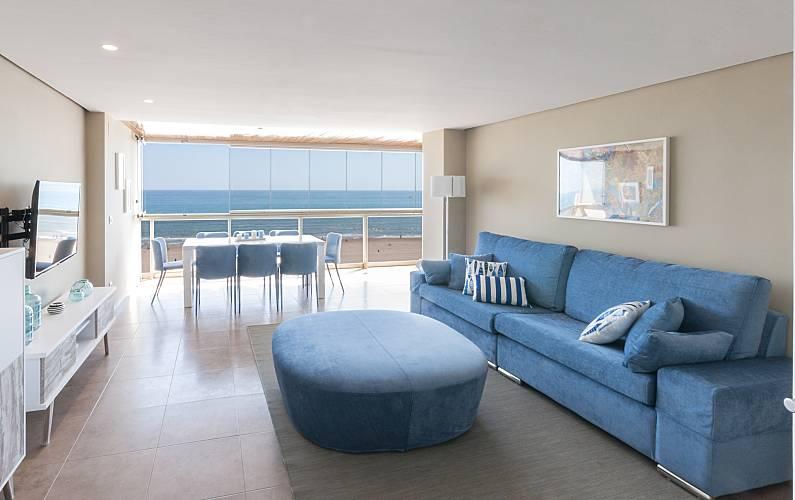 Apartamento para 7 personas en 1a l nea de playa grau i for Alquiler de pisos en gandia